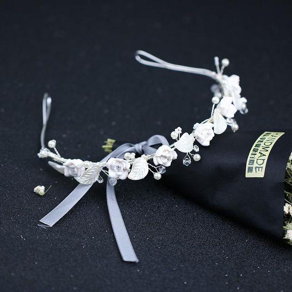 White flower leaf hair band bride handmade headdress wedding dress accessories bride hair band spot