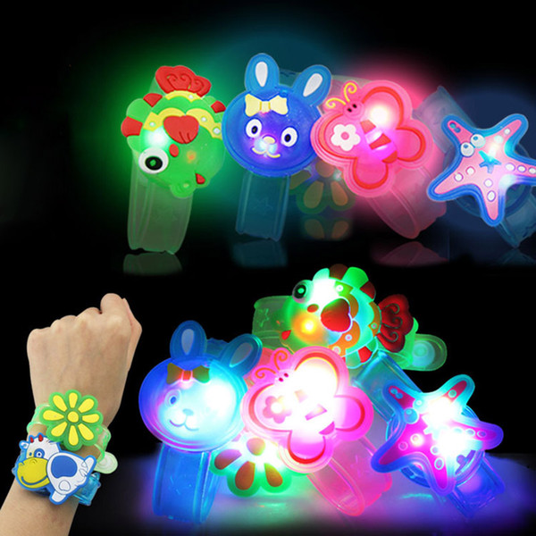Creative Cartoon LED Watch flash Wrist bracelet light small gifts children toys wholesale stall selling goods Christmas toys C4778
