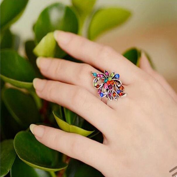 2018 Hot Sale Color imitation crystal peacock butterfly ring tide three-dimensional hollow retro index finger jewelry