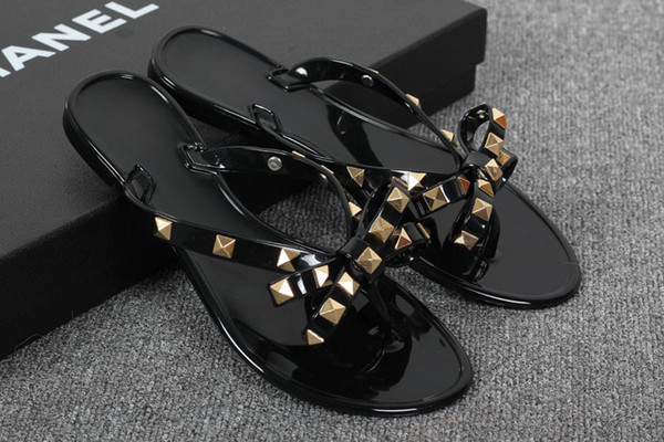 New 2017 Woman Summer Sandals Rivets big bowknot Flip Flops Beach Sandalias Femininas Flat Jelly Designer Sandals Channel