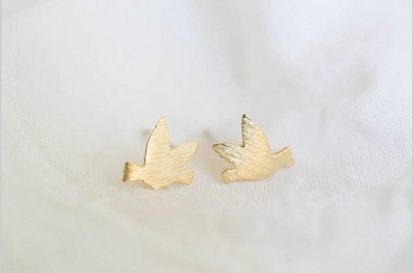 2018 Moda orecchini in oro forma di orecchini uccello per wome all'ingrosso spedizione gratuita