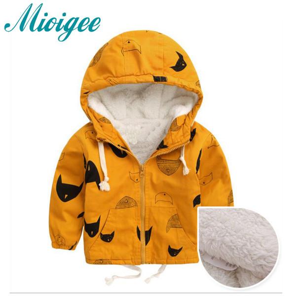 Mioigee 2018 ceket erkek Bebek Ceket için Kapüşonlu Erkek Ceket Cappotto Bimbo Bebek Giysileri Sonbahar Kış ceket Artı kadife