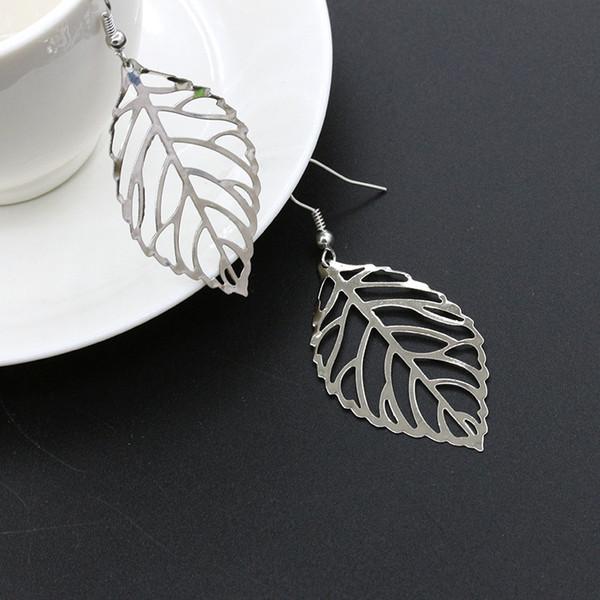 New Gold Silver 1 Pair Cheap Earings Simple Studs Leaf Metal Earrings Girls Female Pendant Leaves Shape Earing Accessories