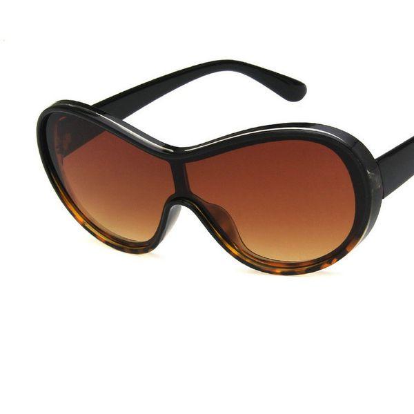 Fashion New Oversized Shape Mask Shield Sunglasses Brand Design One Piece Cool Sun Glasses Women Men Clear Eyewear Shades FML
