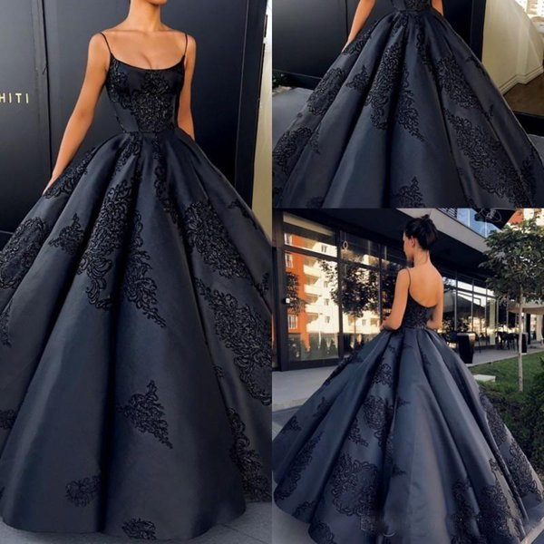 Sexy Black Spaghetti Ball Gown Prom Dresses Lace Appliqued Sweet 16 evening Party Wears Free Shipping