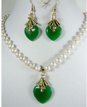 """Free Shipping 2 colors! 7-8mm white pearl necklace 17""""& green heart jades earring pendant"""