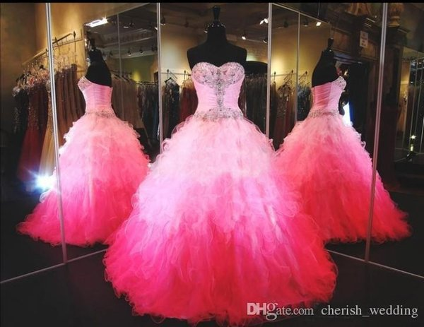 Rosa Plus Size Abiti Quinceanera Ball Gown Fluffy Sweetheart Lace Up Tulle Lunghezza del pavimento Bead multicolore Sweet 16 Party Dress Prom Gown