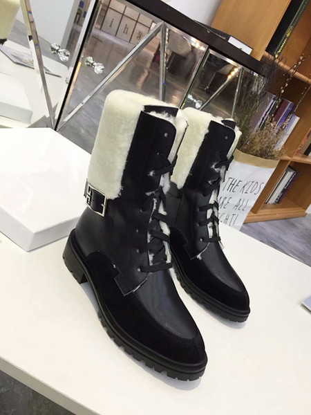 Woman Round Toe Mixed Color Lace Up Warm Short Boots Ladies Comfortable Metal Belt Buckle Short Boots High Quality Short Plush Snow Boots