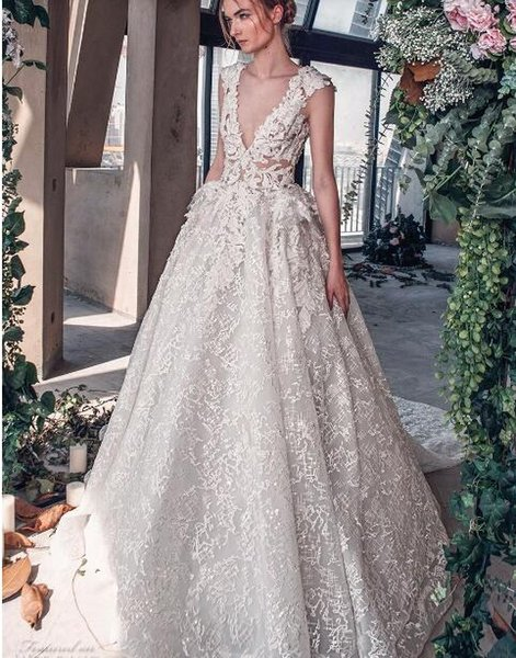 2018 luxury wedding dress high-end Gorgeous wedding dresssA line embellished with 3D flowers, silk threads, sequins, pearls and crystals.04