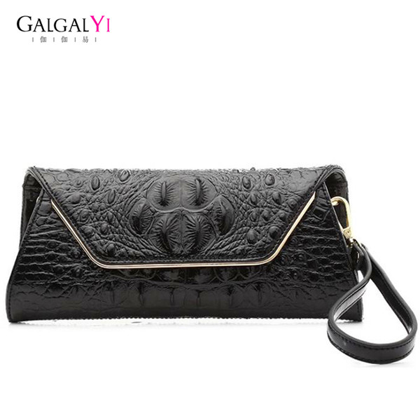 46ee17398c20 2018 New Vintage Simple Lady Women Clutches Bags Clutch Bag Handbag Female  Crocodile Pattern Evening Bag For Black/White Handbag Designer Handbags ...