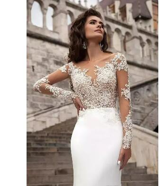 Sexy Cheap Sheer Long Sleeves Lace Wedding Dresses 2017 Milla Nova Beach A Line Sweep Train Button Back Bohemian Wedding Dress Bridal Gowns