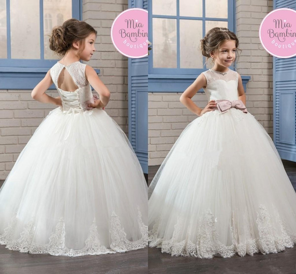 2018 Princess Simple Flower Girl Dresses fpr Wedding Crew Sheer Neck Open Back Corset Tulle Lace Appliqued First Communion Gowns Custom