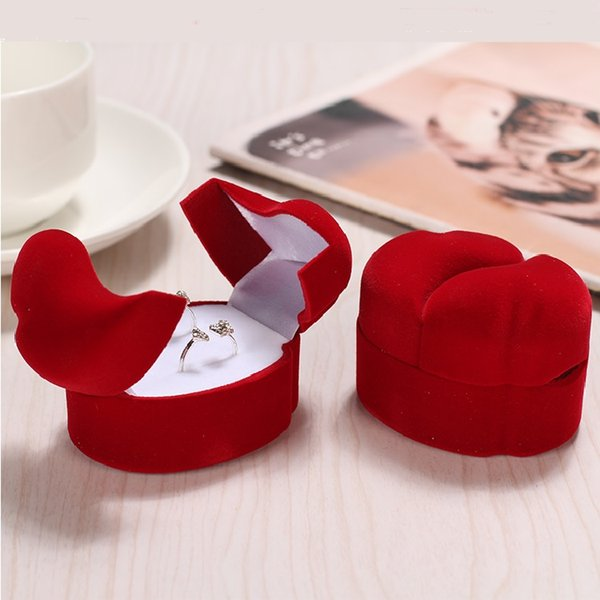 1 Piece Exquisite Velvet Red Double-faced Jewelry Gift Box Valentine's Day Ring Display Case Propose Wedding Ring Box