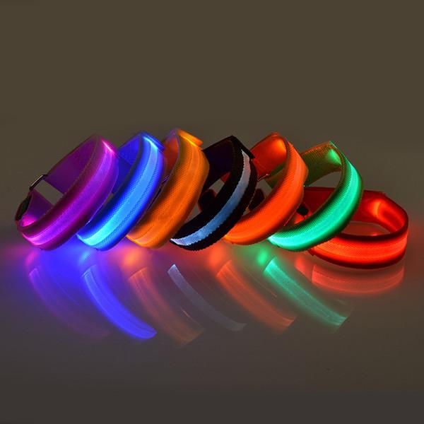 Braccio luminoso a LED Bracciale Attrezzo esterno Luce notturna Avviso di sicurezza LED Flash Cinghia per esecuzione di biciclette Decorazione per feste