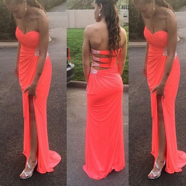 Sexy Coral Prom Dresses Long Formal Evening Party Gowns Sweetheart Sleeveless Cut Out Design Beads Sequins Split Formal Wear Sweep Train