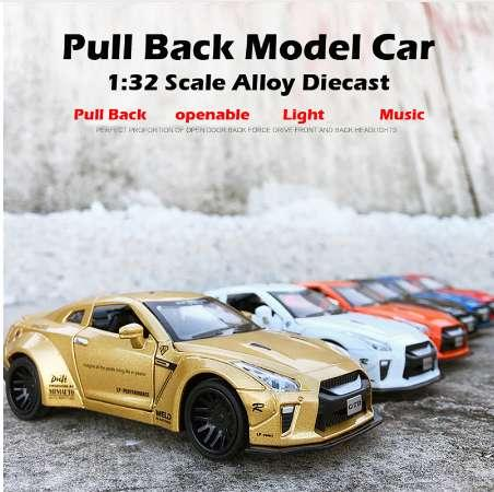 Beargor 1:32 Alloy MINI AUTO GTR Race Car Toy Diecast Pull Back Model Car with Music Light Desk Decoration Toys Birthday Gift