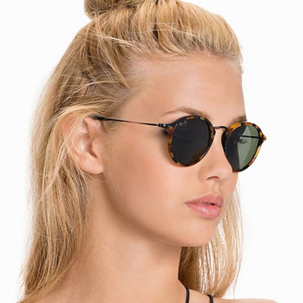 Nuevo diseñador de la marca Ray Classic Driving Round Sunglasses Hombres Retro John Lennon Gafas de sol Mujeres Pierna de metal Moda Gafas