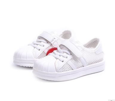 Ragazze rosse amore piccole scarpe bianche 2018 estate scuola bambini maglia panno scarpe sportive ragazzi scarpe da skateboard traspirante