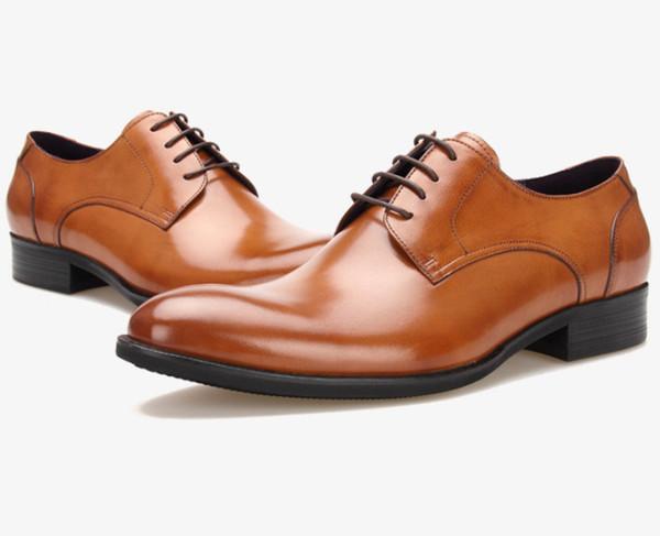 Chaussures de mariage noir / marron à la mode pour hommes Chaussures de mariage pour hommes en cuir véritable