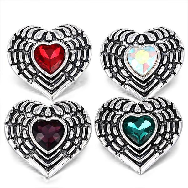 10pcs / lot Vintage Wing Heart 18mm Cristal Snap Boutons Argent Antique pour les Femmes Fit Snap Bracelet Collier Bijoux