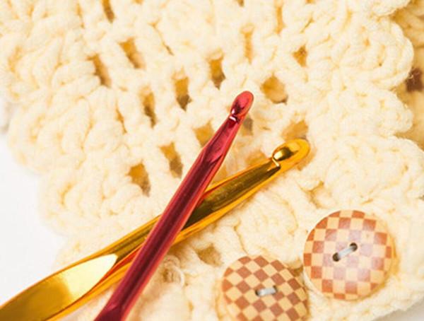 top popular 22pcs set Mixed Metal Hook Crochet Needles Set Template Kit For Loom Tool Band DIY 2021