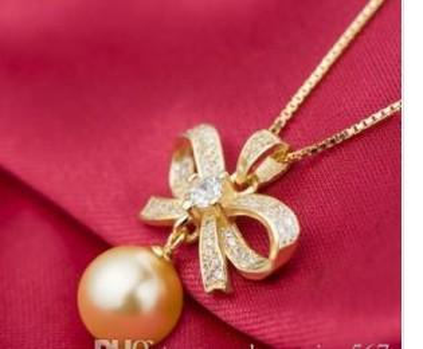 замечательный sivler*Золотая Бабочка натуральный жемчуг кулон ожерелье леди gfg