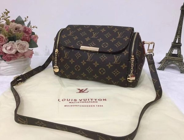 2018 quality Women messenger bag Classic Style Fashion bags women bag Shoulder Bags Lady Totes handbags cm With Shoulder Strap V Bag