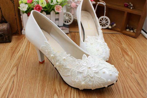 Artesanais Bomba rendas cetim Flor Sapatos De Noiva Festa de Casamento Sapatos de Dança Bonito Dama de Honra Sapatos Mulheres de salto alto tamanho EU35-40