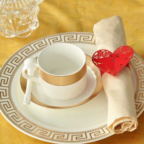 100pcs/lot Laser Cut Red Pigeon Paper Napkin Buckles Napkin Rings Serviette Holder Home Wedding Banquet Dinner Decor Favors
