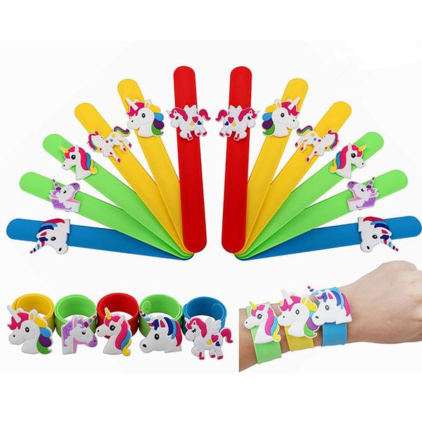 Braccialetti in silicone unicorno Polsino Bomboniere per feste di compleanno Forniture per Bambini Ragazze Emoticon Giocattoli Premi Regali Cinturino in elastico CNY267