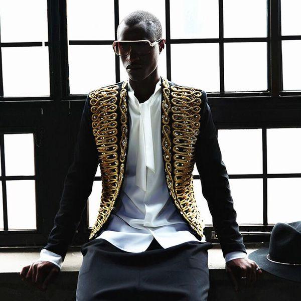 2018 Nueva ropa de moda Alambre de oro corte retro Chaqueta bordada informal delgada Traje pequeño el formato de cantante de trajes de Hip Hop