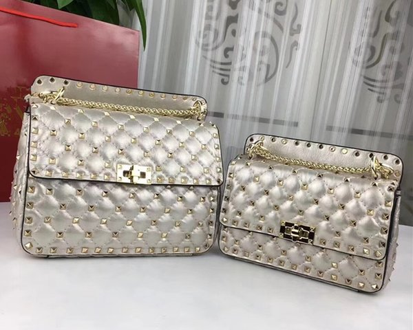 Luxus Designer Umhängetasche Stud Revit Damen Tasche Gesteppte Nappa Lammleder Dual-Reißverschluss Studs Plaid Handtasche Schulter Messenger Bags