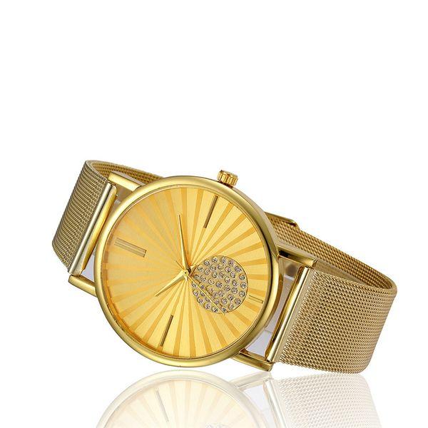 2018 Womens Fashion Classic Gold Geneva Quartz Stainless Steel Wrist Watch L309