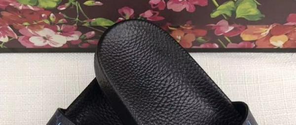 Mode en cuir slide sandales pantoufles hommes femmes 2017 Hot tiger Designer fleur imprimé unisexe plage tongs pantoufle MEILLEURE QUALITÉ 38-45