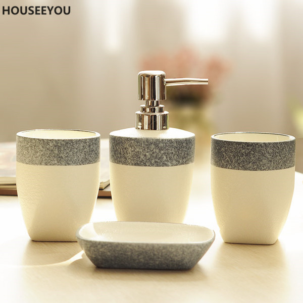 Grosshandel Crown Muster Badezimmer Zubehor Set Home Badezimmer Keramik Tasse Seife Bad Flasche Wohnkultur 4 Teile Satz Von Blithenice 60 5 Auf