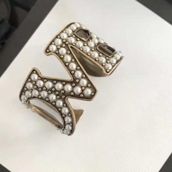 Marque De Mode Perle Bijoux Pour Femmes Vintage Bracelet Perle Lettre AMOUR Vintage Parti Bracelet Jaune En Laiton Bijoux Pleines Perles