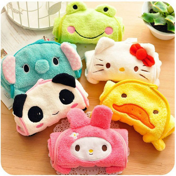 Cute 32*28cm Coral Velvet Fleece Towel Cartoon Absorbent Hand Dry Towels Hanger Wash Cloth for Bathroom Kitchen