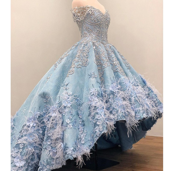 Gorgeous Light-Sky-Blue Evening Dresses Off Shoulder Luxury Beads 3D Floral Appliques Lace Ball Gown Party Dress Glamorous Feather Prom Dres