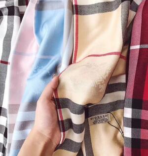 2018 lenços de personalidade elegante homens e mulheres lenços de algodão macio de luxo cachecóis xales macios das mulheres 180 * 70 centímetros