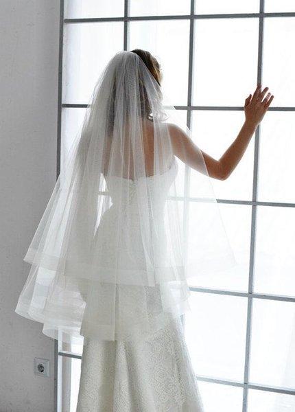 Elegância e simples marfim nupcial véus um véu de casamento camada (sem pente)