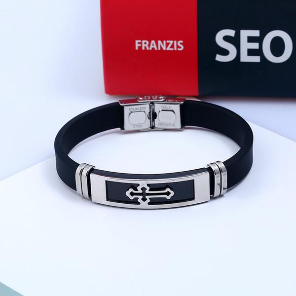 Nouveau bracelet en acier inoxydable de silicone de sports de mode en gros au détail