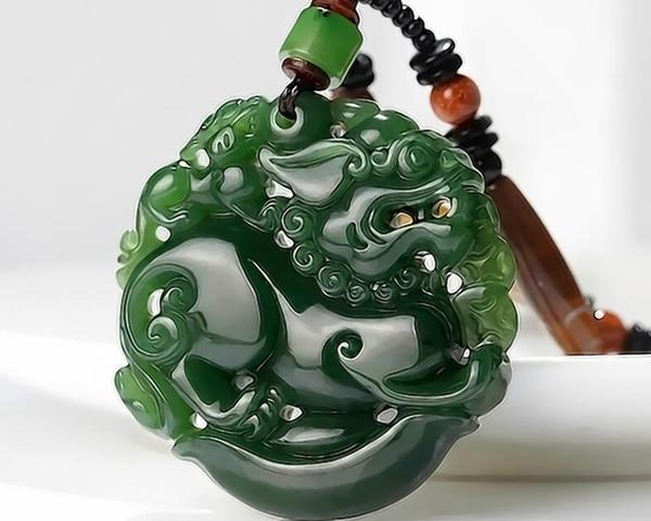 Xinjiang natural Hetian jade pendant pendant male models fashion Picchu men and women jade