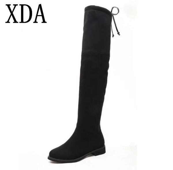 XDA NEW Hot Qualidade Mulheres botas de tecido elástico de camurça Na Altura Do Joelho-botas altas Coxa Confortável Plana Alta