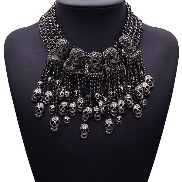 whole sale2016 Exaggerated Necklace Skeleton Head Short Chain Female Retro Fashion Accessories Collar Skull Necklace