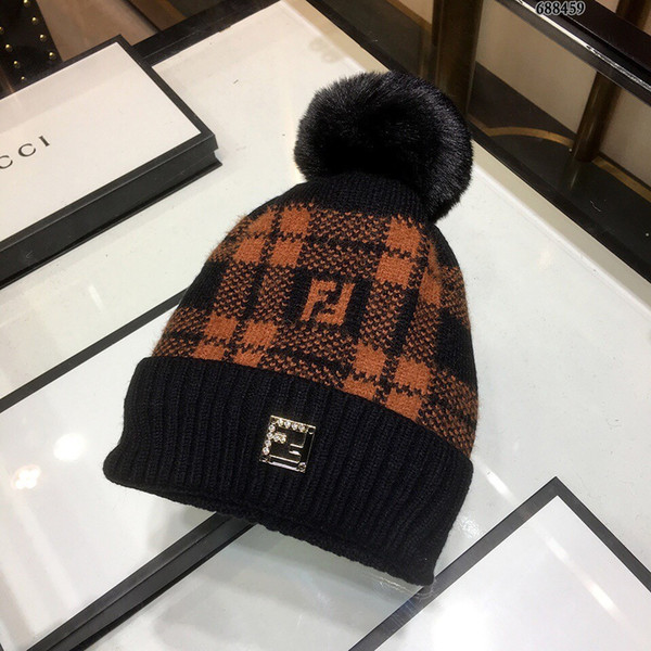 1b6db89e73a 2018 wool knit hat official website original single engraved. Very soft and  skin-friendly