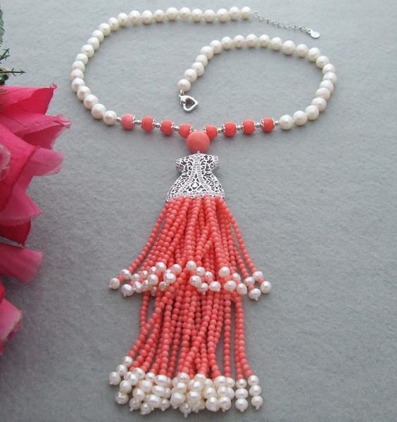 Nacré à la main belle 7-8mm blanc perle de culture de l'eau douce et corail gland pendentif collier 50cm bijoux de mode