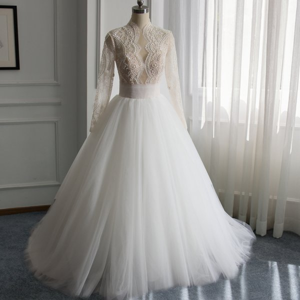 High Neck Tulle Vintage Ball Gown Wedding Dresses with Beads and Pearls 2019 Sweep Train Bridal Gowns