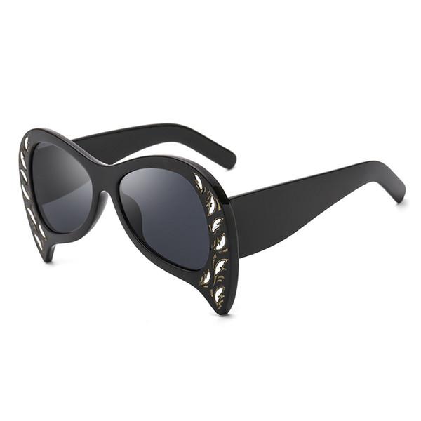 HBK 2018 Sexy Luxury Cat Eye Sunglasses Retro Special Bat Shade Pink Black Brown Rivet Oversized Cat Eye Shades for women UV400