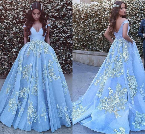 2018 Prinzessin Light Sky Blue Ballkleid Ballkleider Schulterfrei Backless Sweep Zug Appliques Lange Formale Abend Party Kleider Für Süße 15