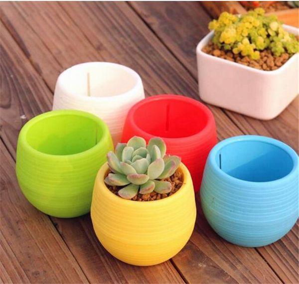200pcs Gardening Flower Pots Small Mini Colorful Plastic Nursery Flower Planter Pots Garden Deco Gardening Tool G267